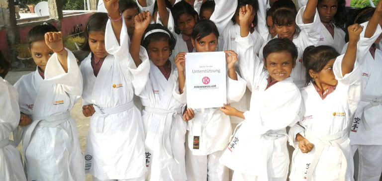 Karate Kremsmueller4Life Social Program Sonne India