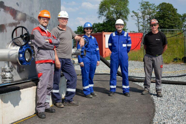 Gregor Kremsmüller mit Verantwortlichen von Neptune Energy und VTU